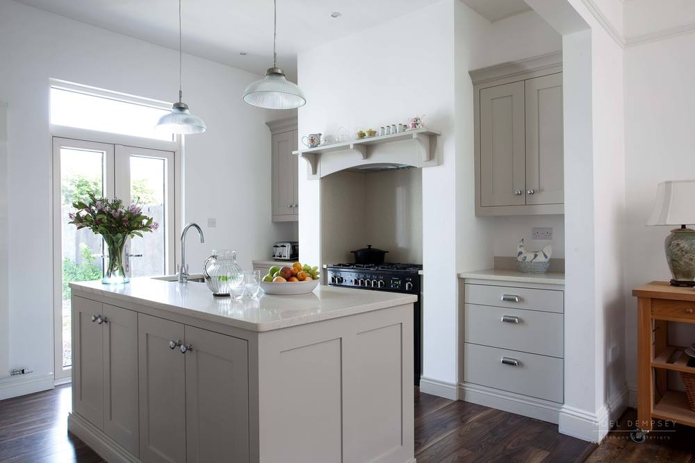 Hannaville-Plain-English-Painted-Kitchens-Dublin-6.jpg