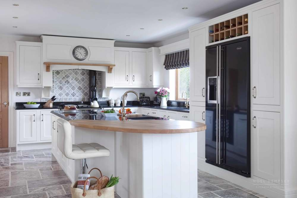 Fox-lane-inframe-hand-painted-kitchens-1.jpg