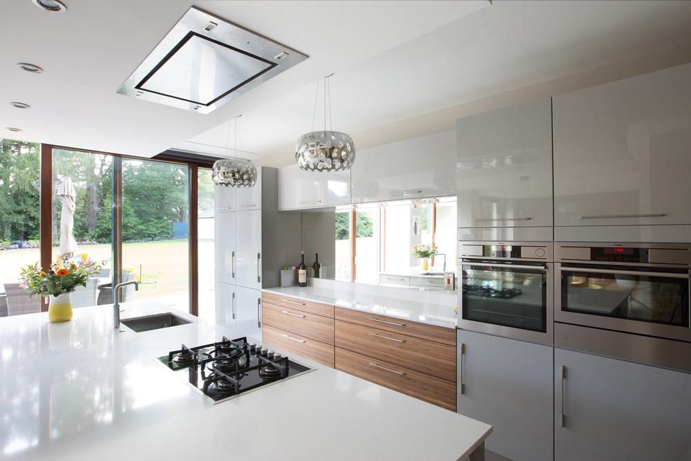 Noel Dempsey Modern Collection kitchen