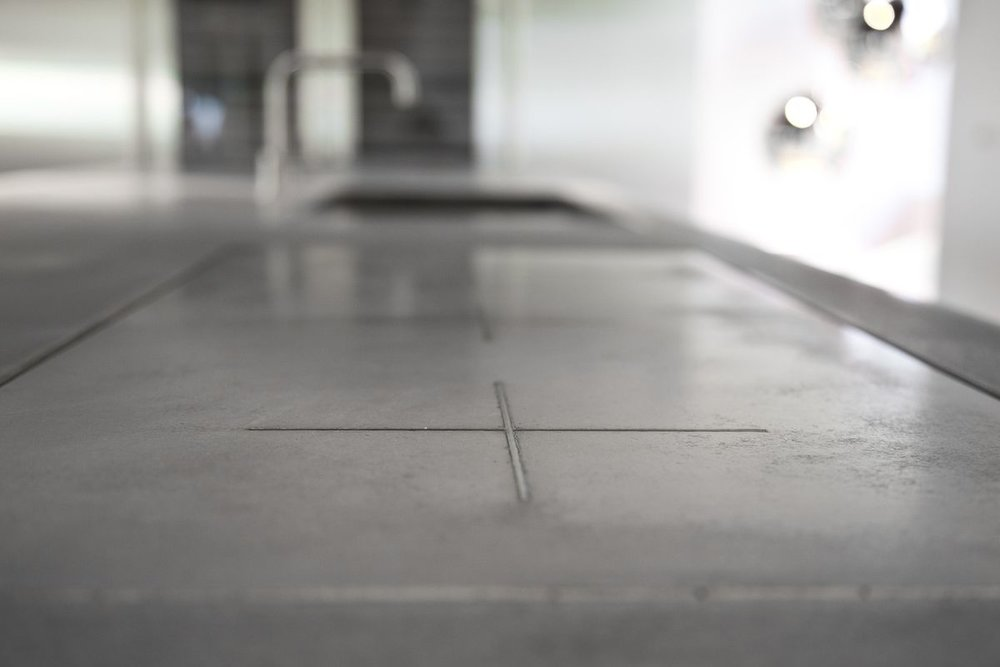 kitchen worktop in concrete.jpg