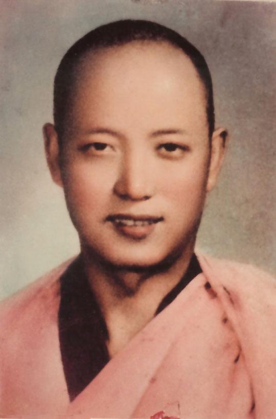 Lama Gyaltsen Rinpoche at 16.jpg