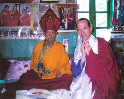 Dolop Kunzang Khedrub Rinpoche with Lama Padma Karma after an empowerment, India 2002