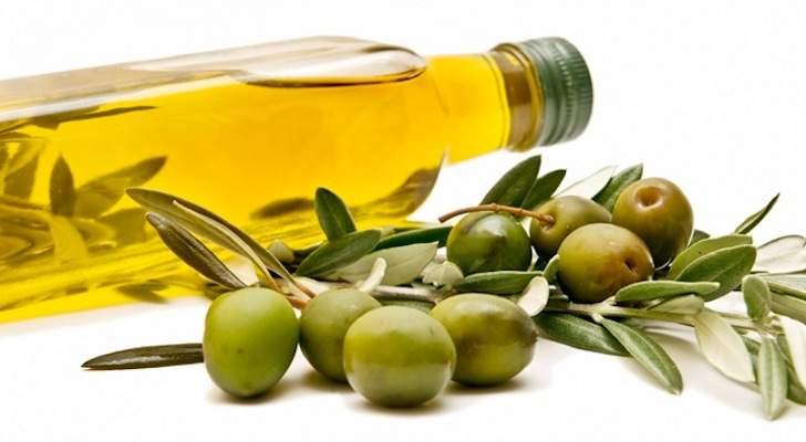 Cooking-With-Extra-Virgin-Olive-Oil-Is-a-Not-a-Very-Good-Idea-Specialists-Explain-Why.jpg