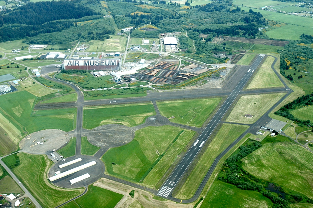 Aerial_Tillamook_Airport.JPG