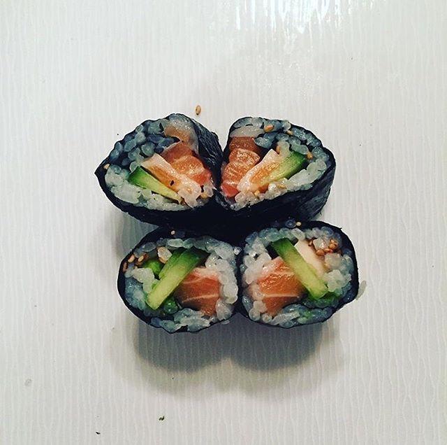 Nothing says romance like raw fish (homemade salmon avocado rolls)