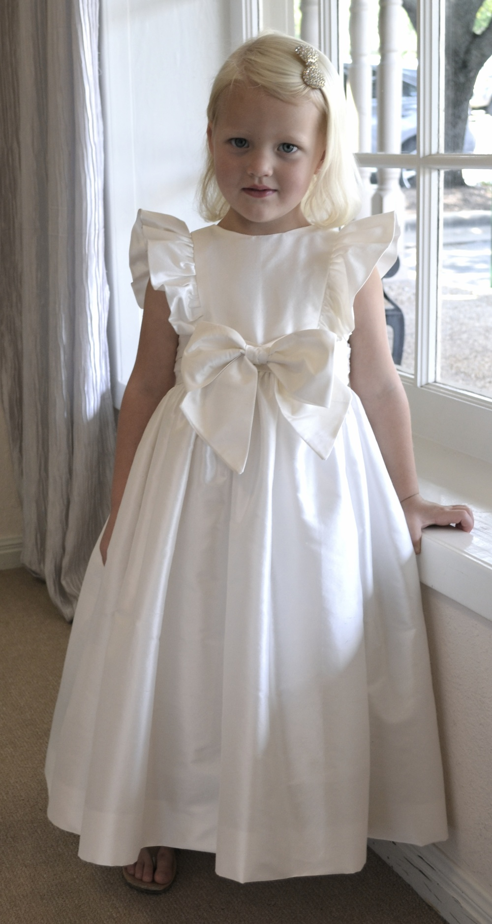 Flower girls ring bearers coutures by laura dsc0019g ombrellifo Gallery