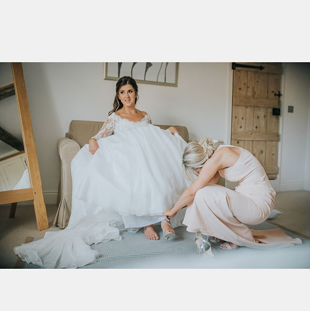 //Wishing you all the most fabulous walk into the New Years, wanted to say a massive thank you to all my beautiful brides & clients for allowing me to paint your gorgeous faces!! 💋  Cant wait to meet many more new faces in 2018!! Lots of love Charlemagne 👩🏼🎨 #lovemyjob #makeupartist #sogreatful #yourthebest #weddingmakeup #bridalmakeup #glammakeup #love #happynewyear  #heresto2018