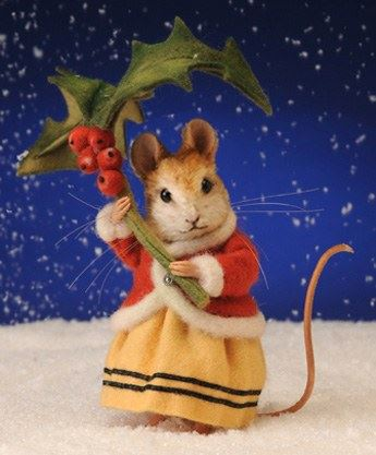 0008678_annamarie-the-winter-mouse-by-r-john-wright.jpeg