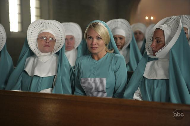 Pushing Daisies:  nun hats