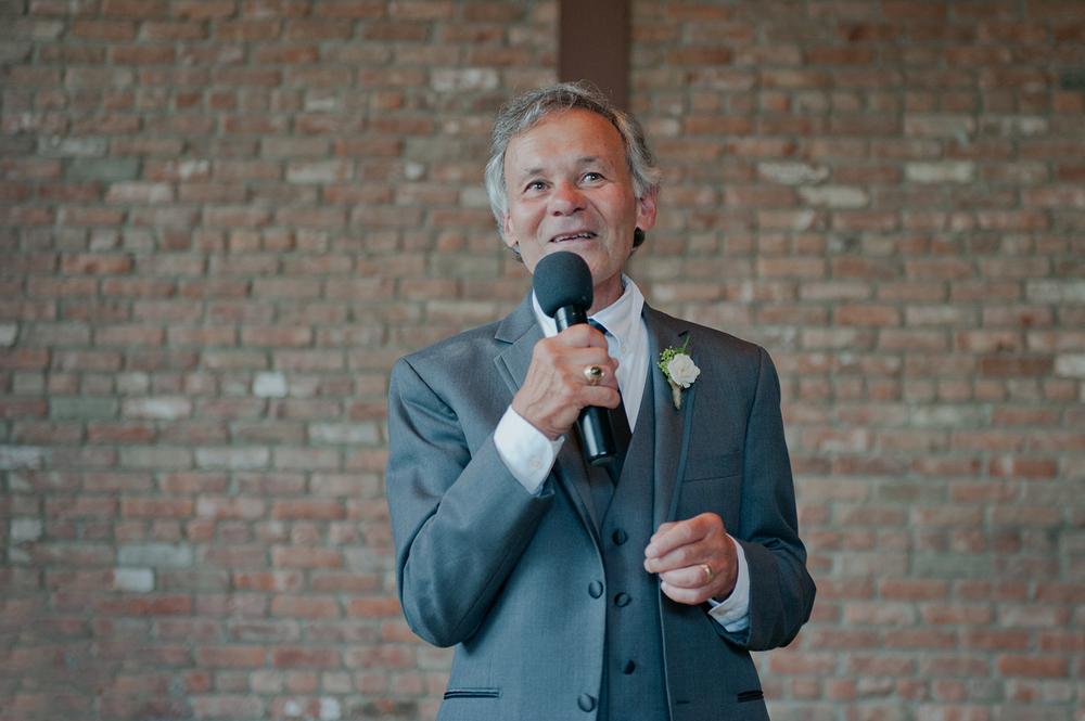 BEACON NY ROUNDHOUSE WEDDING PHOTOGRAPHER