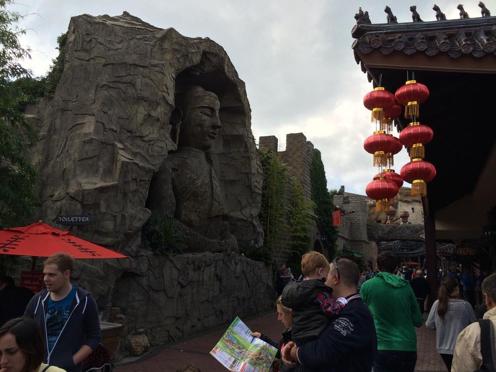 China Town –Geister Rikscha facade