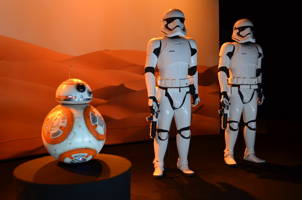 BB-8 and Troopers