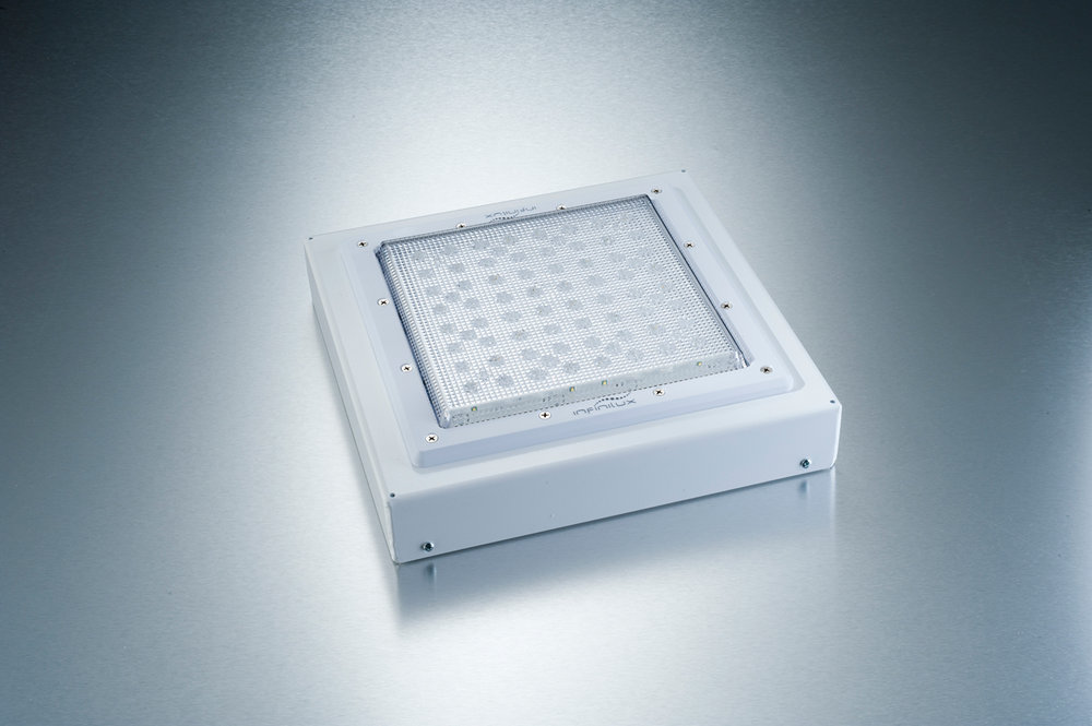 Featured Product The CLS Series LED Luminaire is the latest in to achieve 134 LPW making this fixture DLC Premium Listed.  Early adoption of Cree's ever evolving LED technology has enabled us to achieve 135 LPW at 9,016 lumens.  With its patented thermal management systems, this unique luminaire has 3 different optical options, surface mount and pendant mount standard while delivering superior lumens performance.