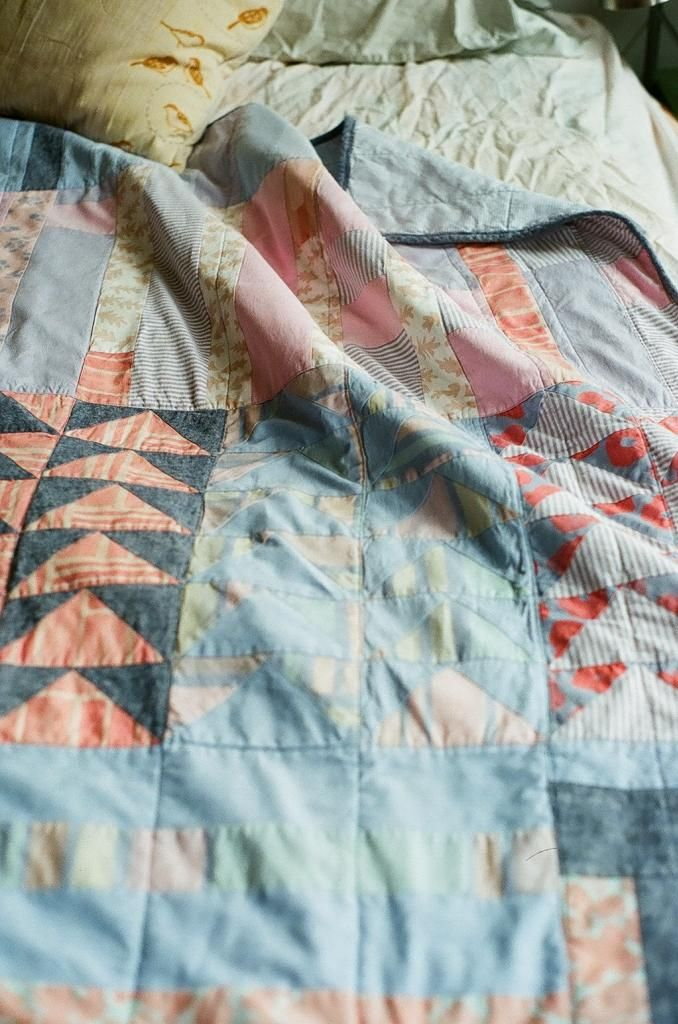 ruralgirl :     (via  Pin by Kelly McCaleb on quilts | Pinterest )     Oh hi I made this!