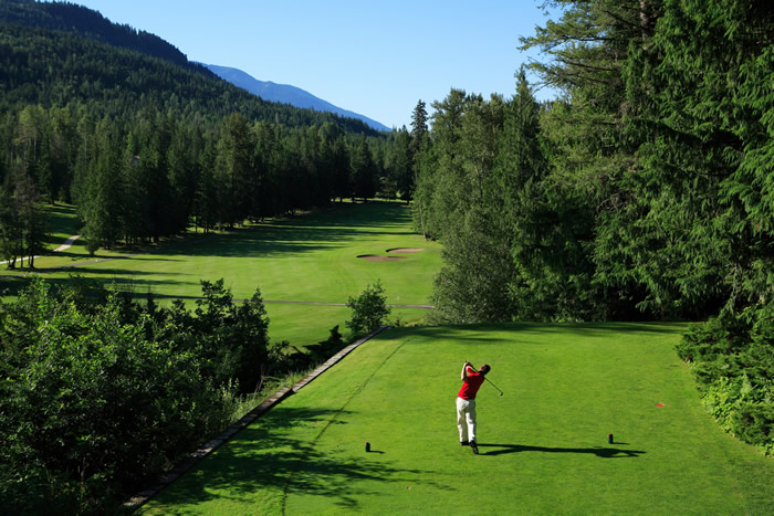 Stay & Play Package Specials at Kokanee Springs