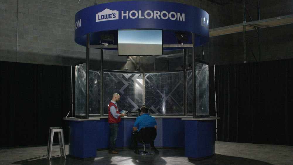 Rex and Customer Holoroom Video Still.jpg