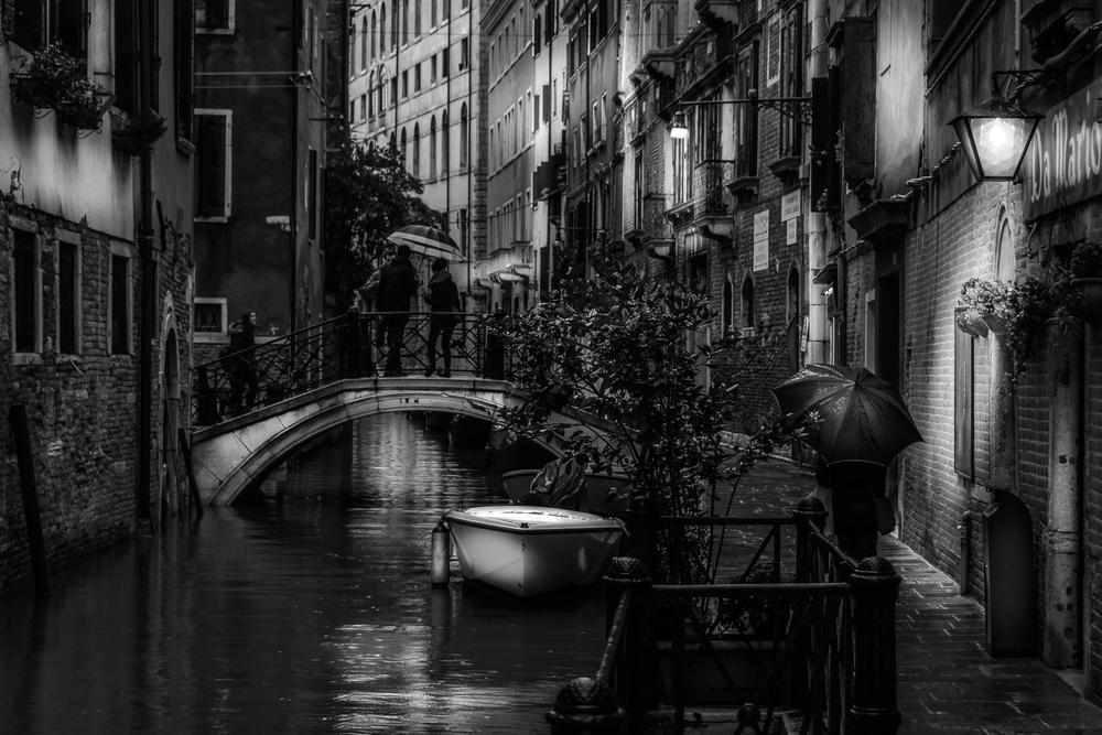 Ein regnerischer Wintertag in Venedig