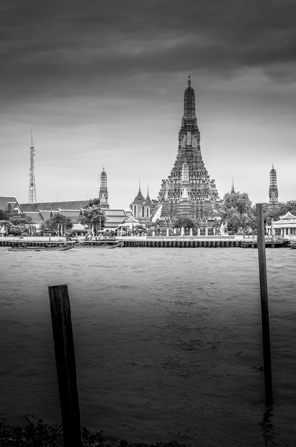 Wat Arun - The Temple of Dawn - Chao Phraya River Bangkok Thailand