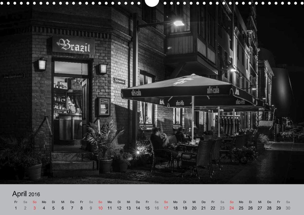 Kalender 2016 Hansestadt Stralsund bei Nacht April