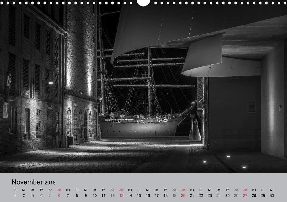 """Gorch Fock 1, Ozeaneum - Aus meinem Kalender """"Hansestadt Stralsund bei Nacht"""""""