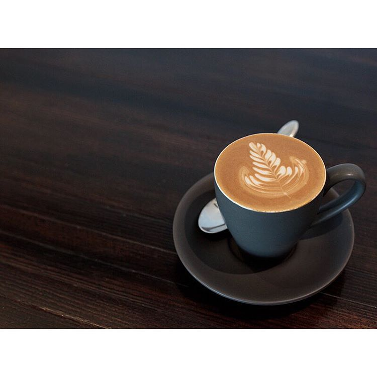 O P E N 6am - 5pm Our smooth Sunny Boy Original is pouring, injectables, Donettos, almond croissants, salted caramel Cruffins and specialty Cruffins are all in store this morning. See you soon. Lomandra Drive, Currimundi. (at Sunshine Sunshine Espresso)