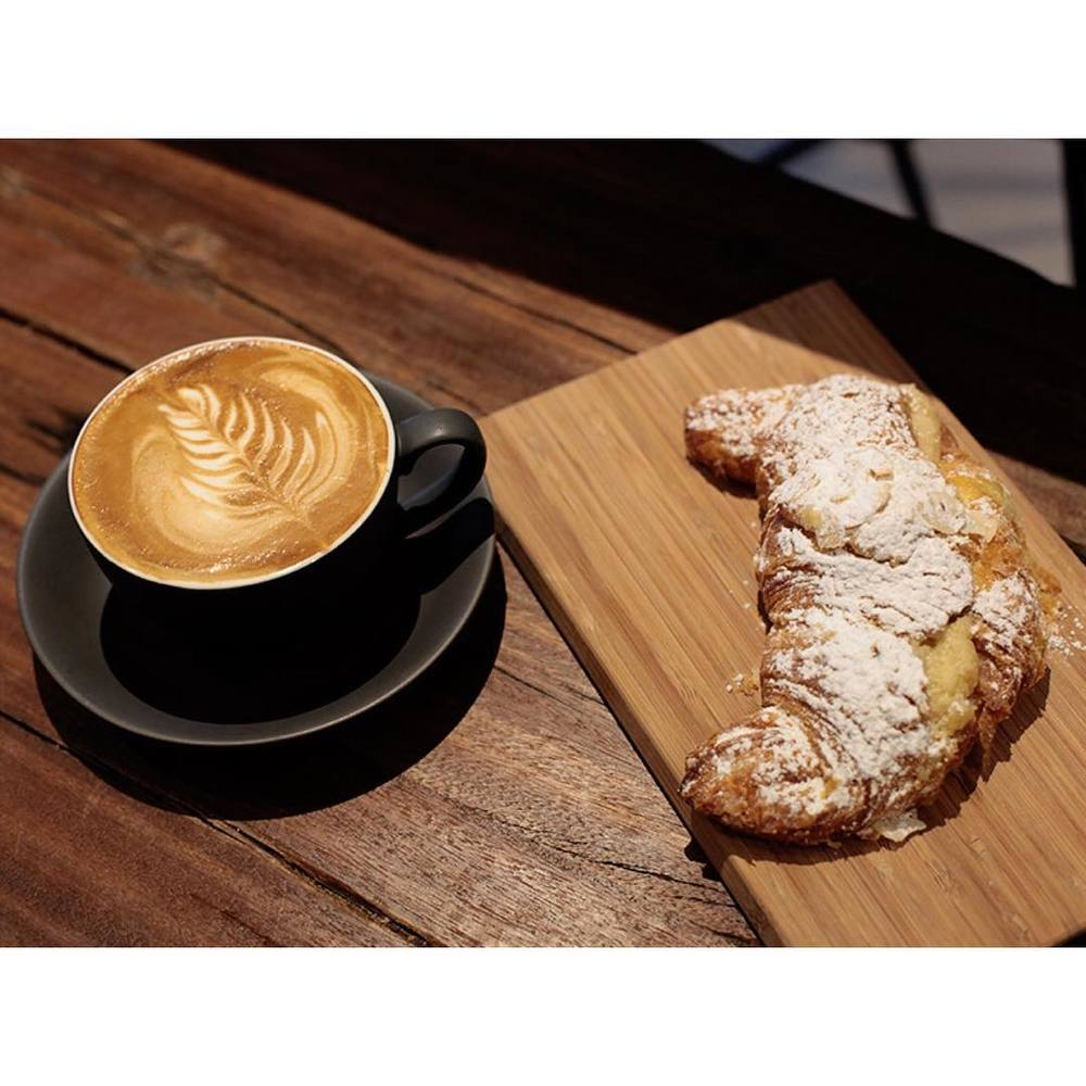 Happy Saturday! We are grinding our super smooth Sunny Boy Original all day today. A fresh batch of almond croissants, injectables, cronuts, cruffins, vegan cupcakes, croi-clairs, and light breakfast options are in. Open 7am - 2pm. Lomandra Drive, Currimundi (at Sunshine Sunshine Espresso)