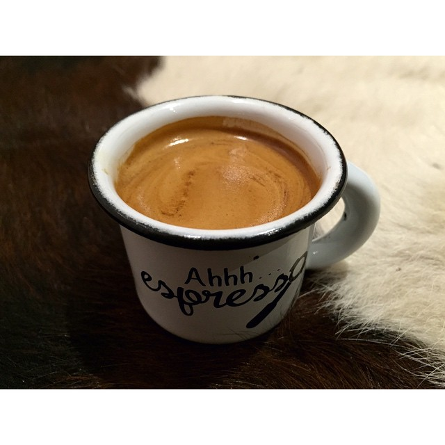 Ahhh espresso indeed! Our super smooth Sunny Boy Original is grinding all day today. A big batch of injectables are ready to go, cruffins, croissants and light breakfast options are available too. Open 6am - 5pm (at Sunshine Sunshine Espresso)