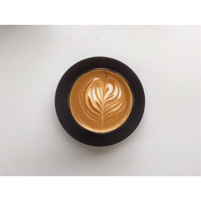 Happy Monday! We have our super smooth Sunny Boy Original grinding all day today. A fresh batch of injectables, salted caramel cruffins, and almond croissants are in this morning. Open 6-2. (at Sunshine Sunshine Espresso)