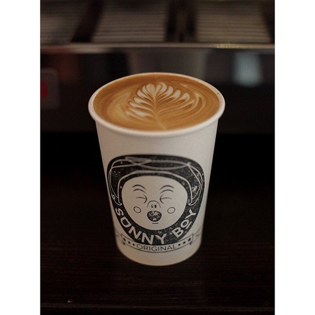 First up this morning we are grinding our super smooth Sunny Boy Original before switching to our Ethiopian single origin, Long Distance. Open 6-2 Drop in for breakfast bircher muesli, breakfast bagels, almond croissants and injectables!