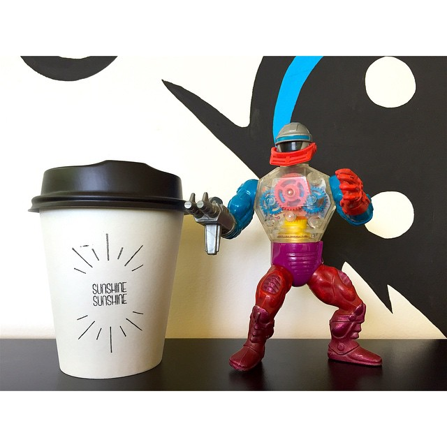 Roboto is pumped that we are open everyday over the Christmas period! We are grinding Double Rainbow until we close at 12 noon today but will be open again 6-10 on both Xmas Day and Boxing Day. Drop by and pick up some fresh roasted Sunny Boy Original or Double Rainbow beans!