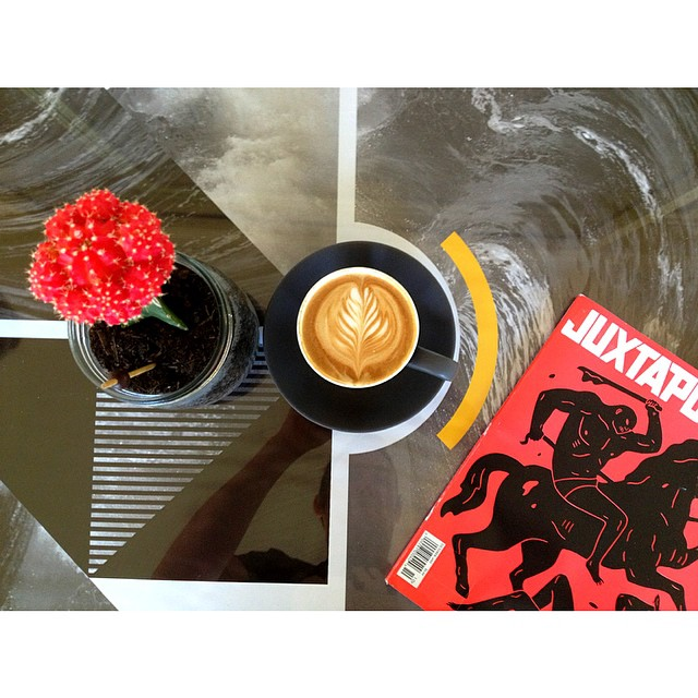 We are roasting and grinding our smooth Sunny Boy Original all day today. We also have a stack of new art and design magazines in stock. So pop by and fill your senses with the good stuff!