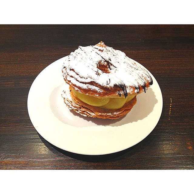 It's that time of the week again! CRONUTS ARE BACK IN SATURDAY MORNING!!! We only have 10 so get in early if you want one to go with your Sunny Boy Original. Open 7-2 Sat and Sun