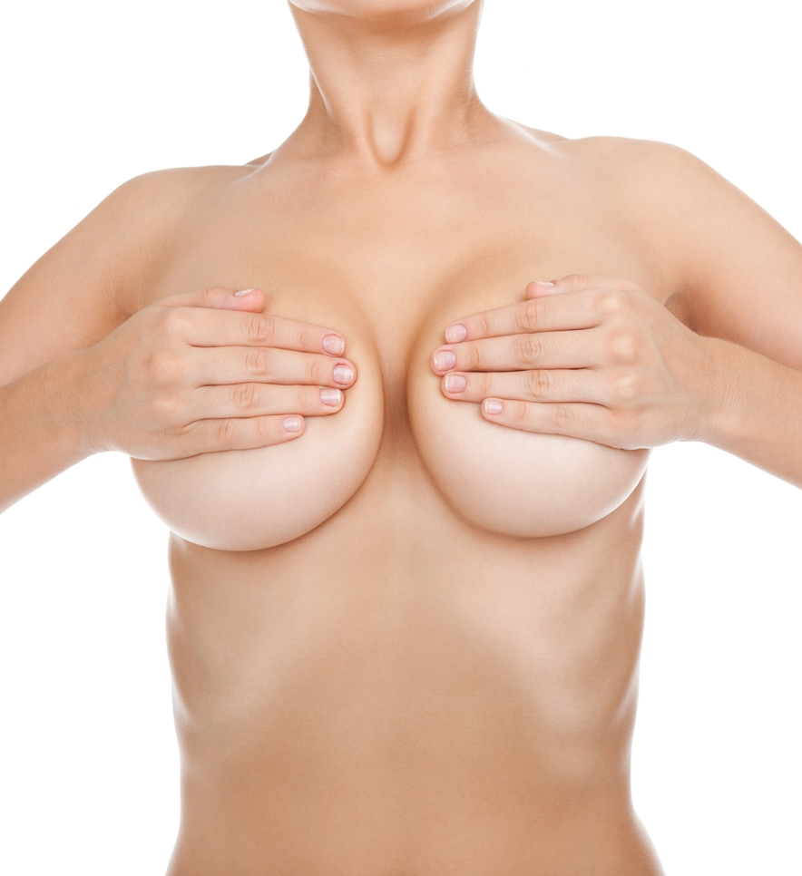 Unas mamas grandes no son siempre lo más deseable.