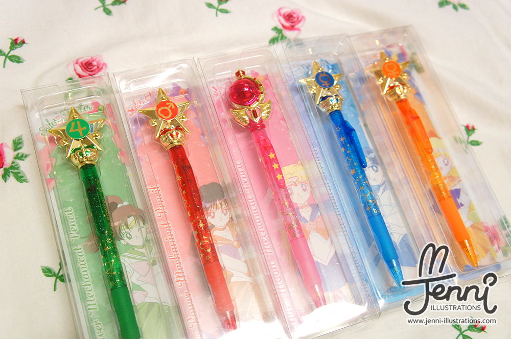 From left to right: Sailor Jupiter, Sailor Mars, Sailor Moon, Sailor Mercury and Sailor Venus ♥
