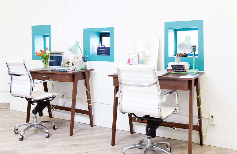 Fashionista Desks