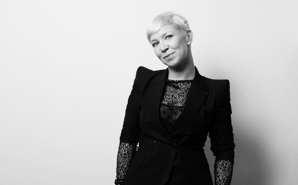 Kira Intl. Artdirector / Globe Educator