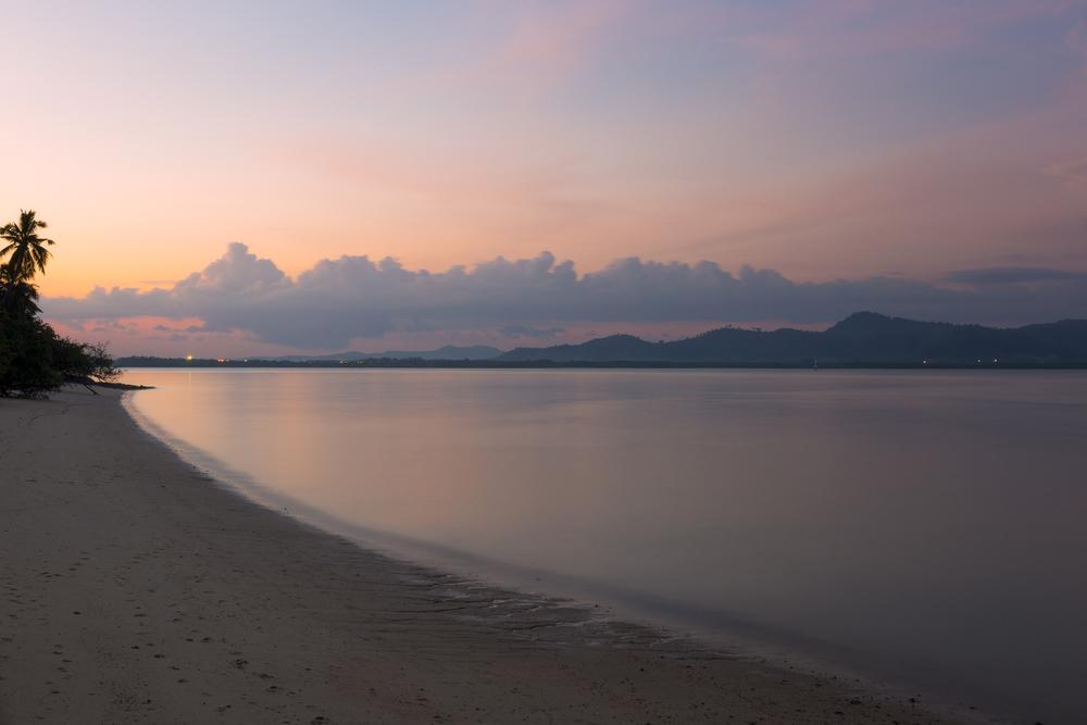 The beach. Coconut Island.