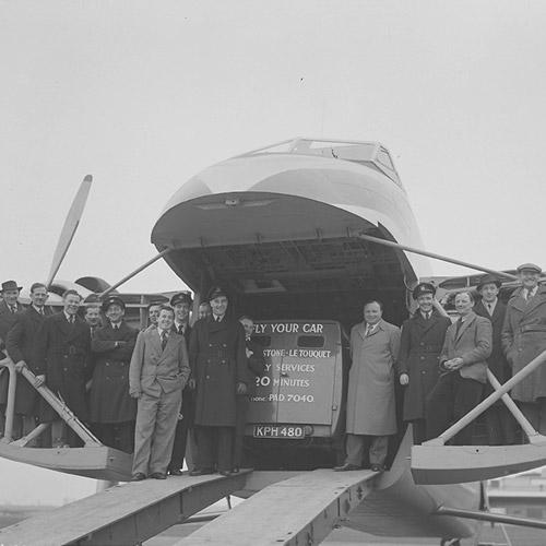 Silver City Airways (loading demonstration) 28 Mar 1950