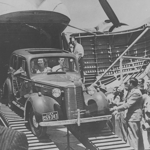 Type 170 in Peru, cars leaving aircraft, 23 Mar 1948