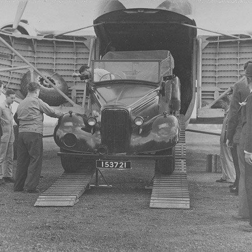 Loading Montgomery's car, Australia, 3 Feb 1948