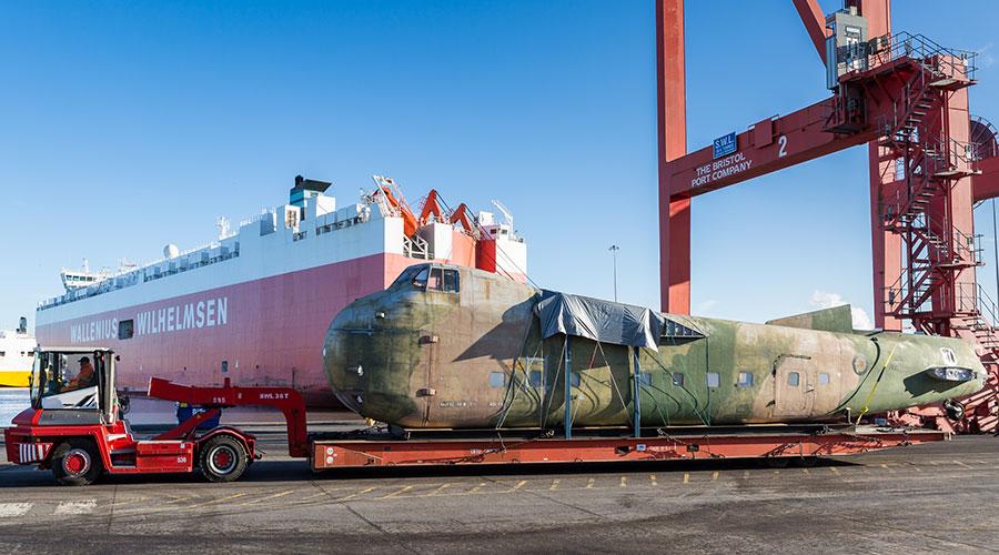 Freighter-docks-1.jpg