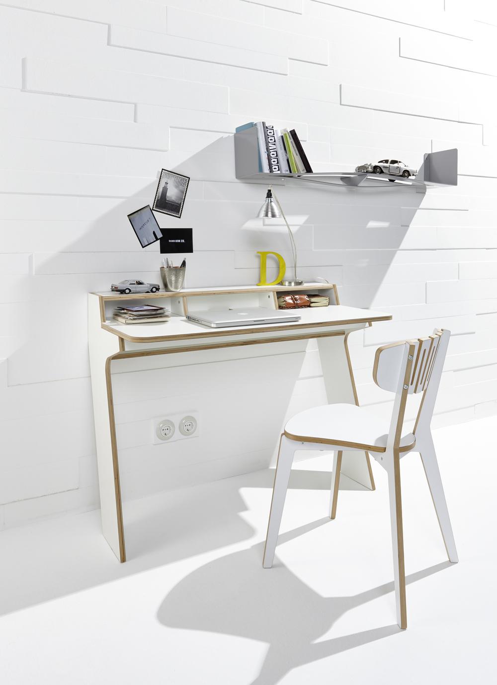 Slope Desk