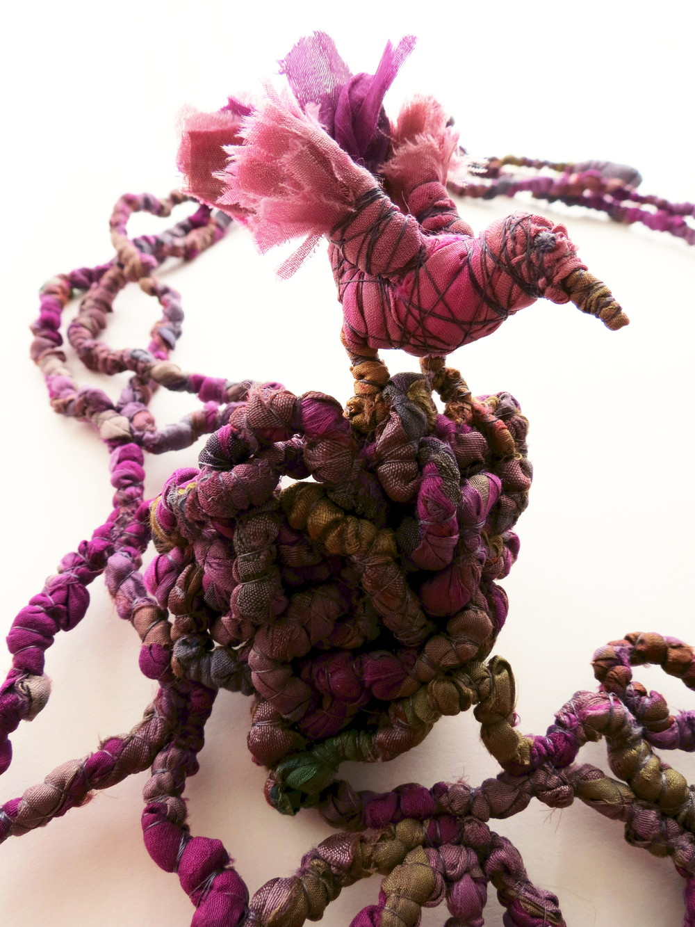 Leaving the Nest - Francesca Cecchini (2014), necklace (detail) // Materials: repurposed sari silk, silk thread, copper wire.