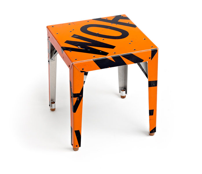 Transit chairs tables outdoorz gallery for 99 bus table