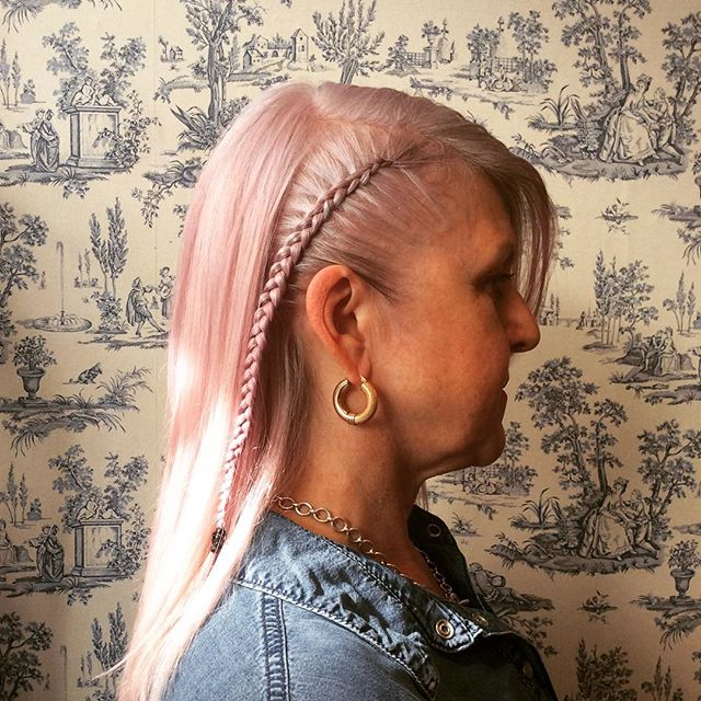 Check out one of Paula's braids on the lovely Kym with an added touch of pink!  #pinkhair #pinkhairdontcare #braids #hair #vivasalon #soho #london #hairstyles #pictureoftheday #nofilter