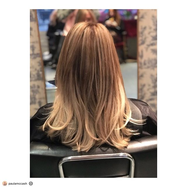 "This post was reposted using @the.instasave.app  #theinstasaveapp ・・・ ""🎨COLOUR CHANGE🎨 * * * #rootblend #todayshighlights #bleachblonde to #aunaturale #colourbyme #balayage #saturday #hairinspo #blowdry @kennedykal_ #thanks #salonlife #london @vivasoho"""