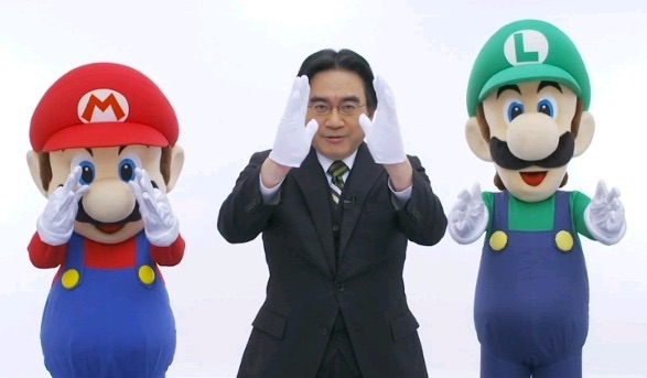 Iwata in a direct presentation with Mario and Luigi