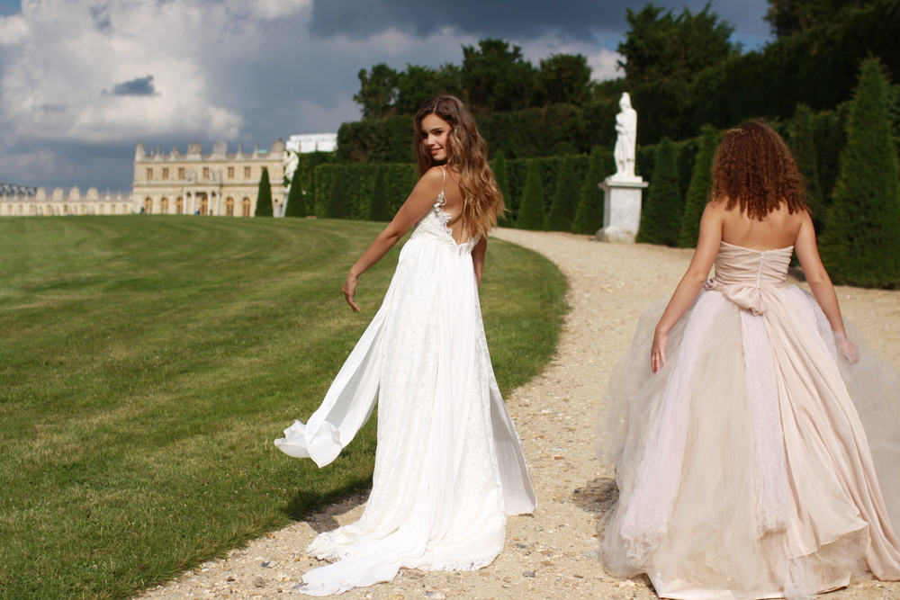 blog laneige bridal Wedding Gowns By Daci on their trip to the versailles palace and gardens daci, her daughter andra and alisa (andra' friend) had to have a quick photo shoot, seeing as it was wedding gowns by david tutera