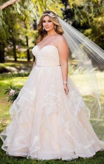 ef39876470 LaNeige Bridal - Plus-Size Wedding Dresses, bridal boutique, plus ...