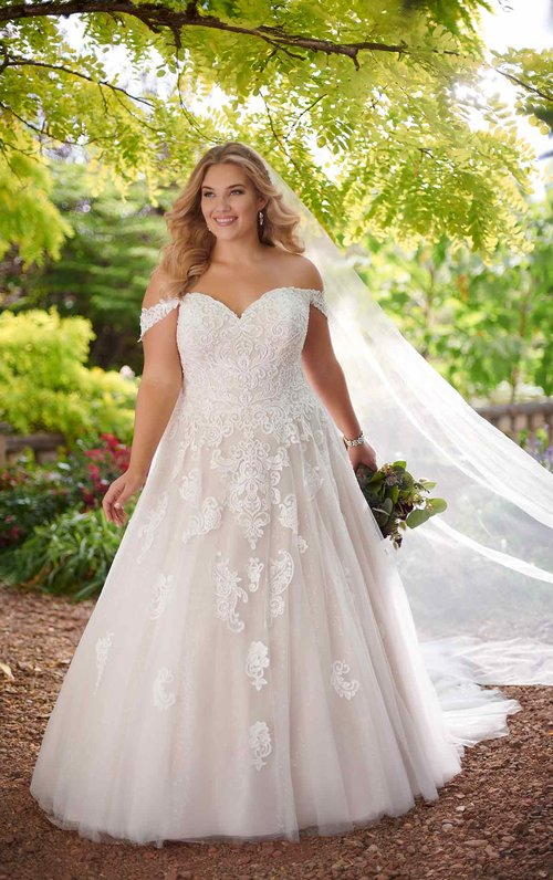 LaNeige Bridal - Plus-Size Wedding Dresses, bridal boutique, plus ...